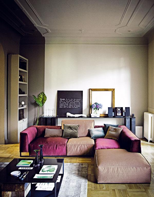 Svoju predstavu omodernej farebnosti a odtieňoch ružovej prezentovala firma Arketipo kolekciou sedačiek Inkas v nekonečnom množstve kombinácií farieb a tvarových zoskupení.