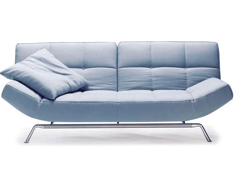 Smala, trojmiestna rozkladacia pohovka, opierky lakťov achrbta umožňujú tri polohy: na sedenie, oddych aspanie, dizajn Pascal Mourque, 87/92 × 230 × 115/130 × 40 cm, od 4 226 €, Ligne Roset