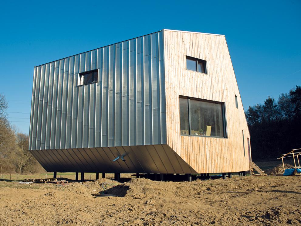 Seriál: Ako sa stavia pasívny dom – 4.časť – Okná, strecha a fasáda