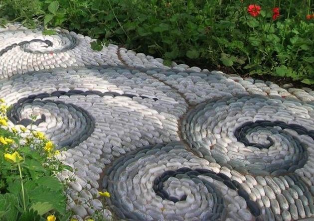 25 jedinečných záhradných chodníkov