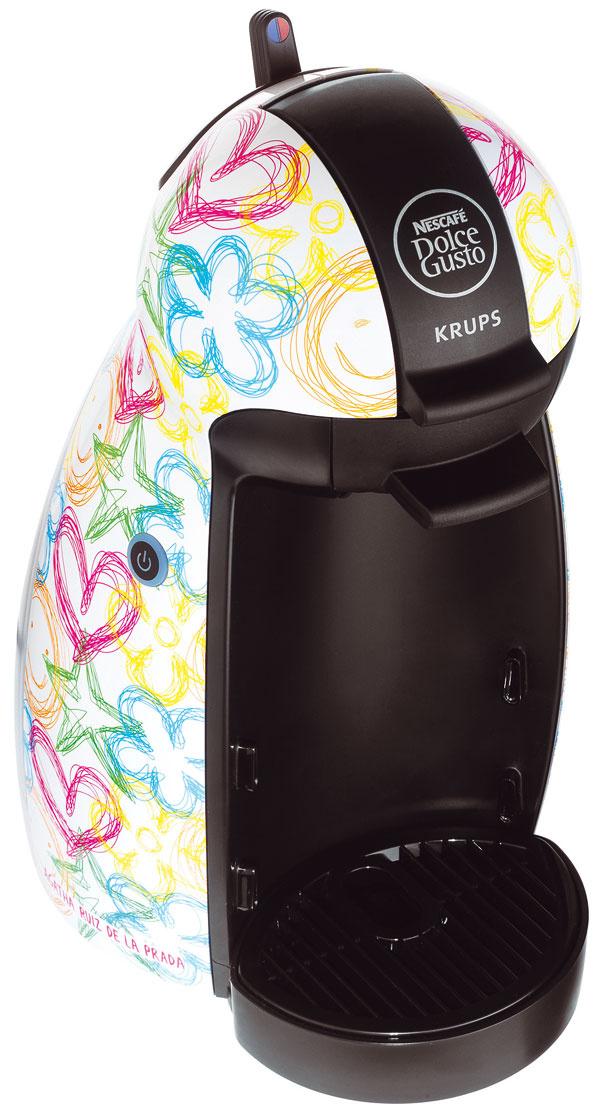 Aj kávovar Dolce Gusto od firmy Krups dostal nezameniteľný kabát vštýle Agathy Ruiz de la Prada, výkon 1500 W, odnímateľná vodná nádrž, objem 0,6 l, tlak 15 bar od 69,96 €