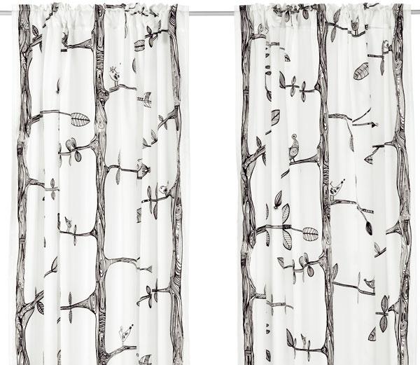 Závesy EIVOR, dizajn Kajsa Aronsson, polyester 70 %, bavlna 30 %, 300 × 145 cm, 14,99 €, IKEA
