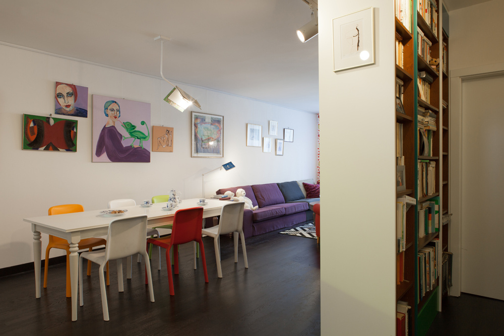 Energické bývanie plné farieb pre mladú rodinu