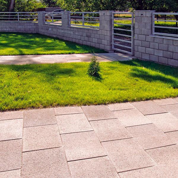 Presbeton Monume veľkoformátová betónová dlažba, 60 × 40 × 8 cm, rýchle položenie, od 26,79 €/m2