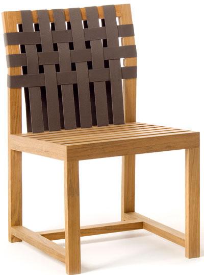 Network, stolička, Roda, masívny tík, textilné popruhy, čalúnené sedáky, orientačná cena 1 614 €, showroom Stopka