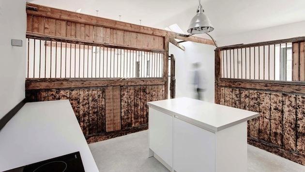 Pôvodné prvky perfektne zapadli do konceptu modernizácie interiéru.