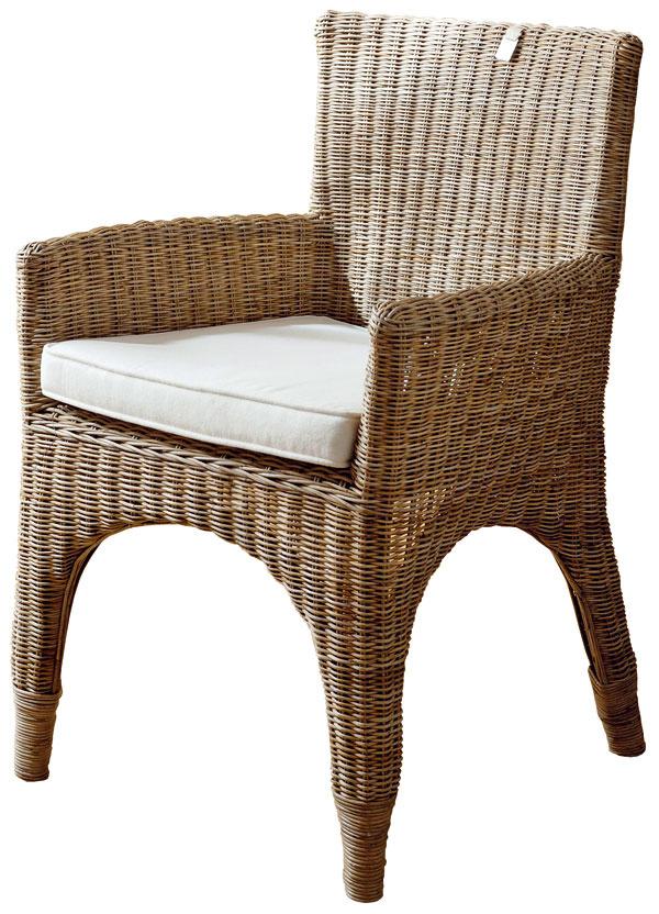 The Hamptons, stolička, kostra zmasívu, výplet rotahng, 88 × 62 × 60 cm, 251 €, Elmina, Light Park