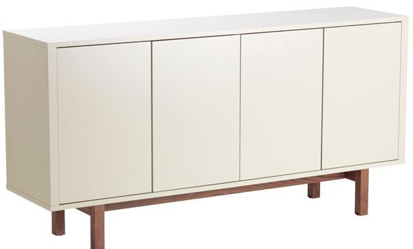 Stockholm, príborník, drevotrieska, orechová dyha, masívny jaseň, akrylová farba, otváranie stačením, zabudované zásuvky, 160 × 81 × 40 cm, 349 €, IKEA