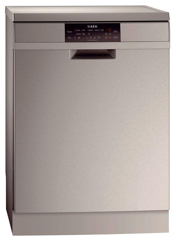 AEG F88019M0P  Energetická trieda: A+++ Štandardné umývanie: 195 min/10 l/0,82 kWh Hlučnosť: 41 dB Funkcie: senzor znečistenia, senzor naplnenia, otvorenie dvierok Ak naplníte umývačku riadu aj niekoľkokrát denne, nízka spotreba energie avzorovo riešené koše tohto modelu by vás mohli zaujať. Výrobca si dal záležať na tom, aby si dlhý umývací cyklus poradil i spreplneným vnútorným priestorom. Na lepšiu cirkuláciu vody pridal otočné rameno aj nad vrchný kôš, ktorý je doplnený oposuvný držiak na varechy anože. Úspornosť štandardného umývacieho programu možno zvýšiť odvetraním. Po aktivovaní funkcie sa 25 minút pred koncom programu pootvoria dvierka, aby para mohla unikať von. Ostatné programy je možné iba skracovať na úkor spotreby. Skvalitou umývania riadu sme boli spokojní, ikeď pri silne znečistenom riade sa nám viac osvedčil program PRO ako úspornejšia automatika riadená senzormi.