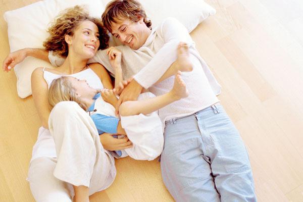 Stýmto mýtom sa môžete často stretnúť najmä na rôznych internetových fórach. Systém podlahového vykurovania je zdravotne neškodný, dokonca vďaka optimálnemu rozloženiu teplôt vmiestnosti, priaznivej klíme anízkej prašnosti dosiahnutej minimálnym vírením vzduchu je podlahové vykurovanie vhodné pre alergikov.
