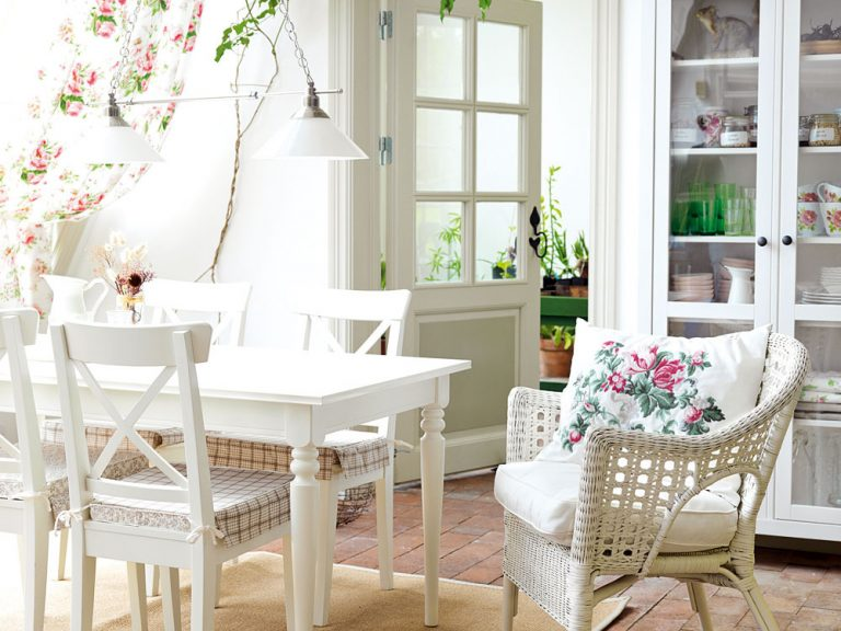 Kvetinové dekorácie do kuchyne
