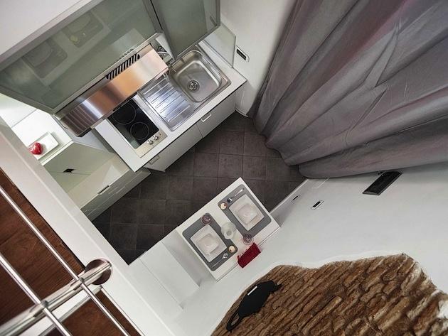 Pohľad z obývačky do kuchyne