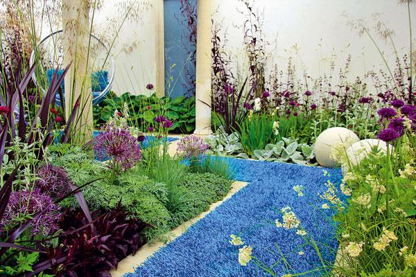9 netradičných úprav záhradných chodníkov