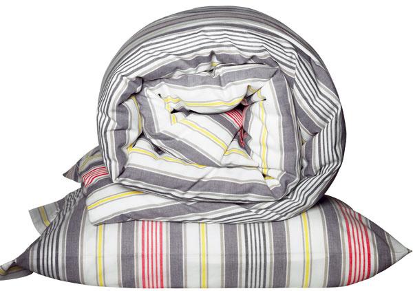 Posteľné obliečky Akerfräken, 100 % bavlna, 17,99 €, IKEA