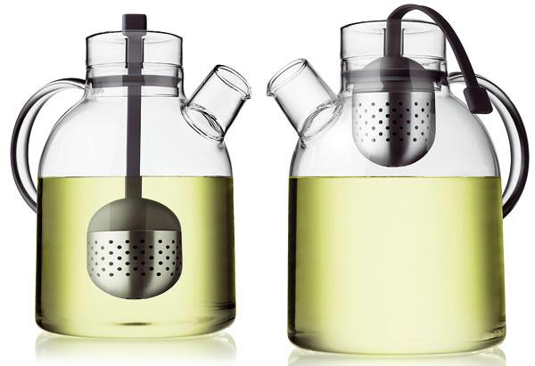 Čajník so sitkom od Menu, sklo, antikoro, plast, silikón, objem 1,5 l, 49 €, designea.sk