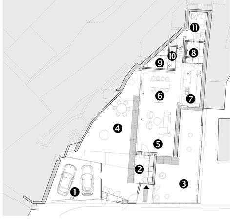 Pôdorys 1. NP 1 – dvojgaráž 2 – predsieň 3 – zelená záhradka 4 – betónový dvorček 5 – obývačka 6 – jedáleň 7 – kuchyňa 8 – komora 9 – práčovňa 10 – kúpeľňa aWC 11 – technická miestnosť