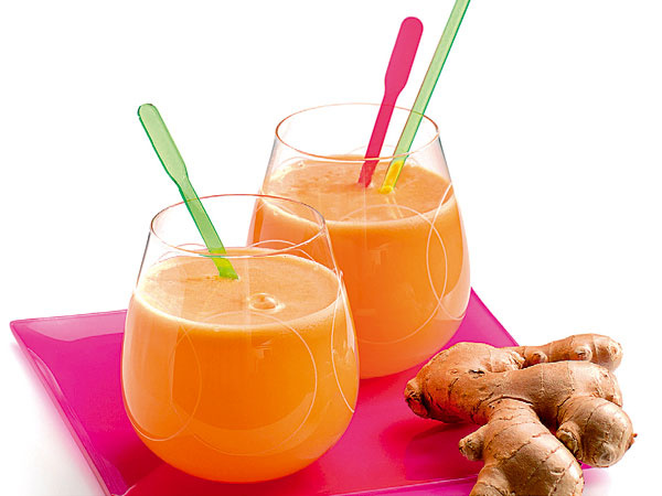 Mrkvovo-pomaračnové kúzlo 3 mrkvy, 1 cm čerstvého zázvoru, 1/2 limetky  Očistenú mrkvu a zázvor spracujte v odšťavovači. Pridajte šťavu z limetky a ihneď servírujte.