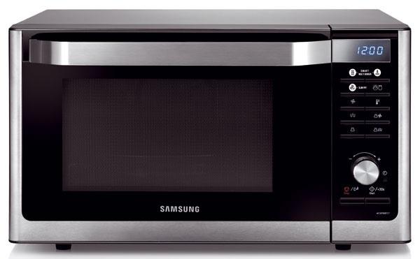 Samsung MC32F606TCT  Kapacita: priemer taniera – 31 cm, výška – 20 cm Ohrev: mikrovlny – 900 W, gril – 1 500 W, konvekcia – 2 100 W Pohotovostná spotreba: 0,3 W Funkcie: rozmrazovanie, kombinovaný ohrev, pečenie, jogurty, kysnutie, automatika Zmenšite elektrickú rúru na veľkosť mikrovlnky, zachovajte jej výklopné dvierka, pridajte mikrovlnný ohrev a za náruč funkcií do praktického života. Vznikne mikrovlnka, ktorá je navrhnutá tak, aby bola v kuchyni podporou. Či už ide o senzorom kontrolované rozmrazovanie, kysnutie cesta, prípravu jogurtov, či horúcovzdušné pečenie s lyžičkou oleja, výsledky nás pri zoznamovaní sa s týmto spotrebičom vždy milo prekvapili. Dokážeme si túto rúru predstaviť v malej garsónke, kde na seba v útlom priestore preberá funkcie štandardnej rúry. Len konvekčné ohrievanie nevytiahne teplotu vyššie ako na 200 °C. To sa však dá zachrániť grilom. Ocenili sme prehľadné ovládanie s podporou otočného ovládača i rokmi osvedčený keramický interiér, z ktorého po sparení m
