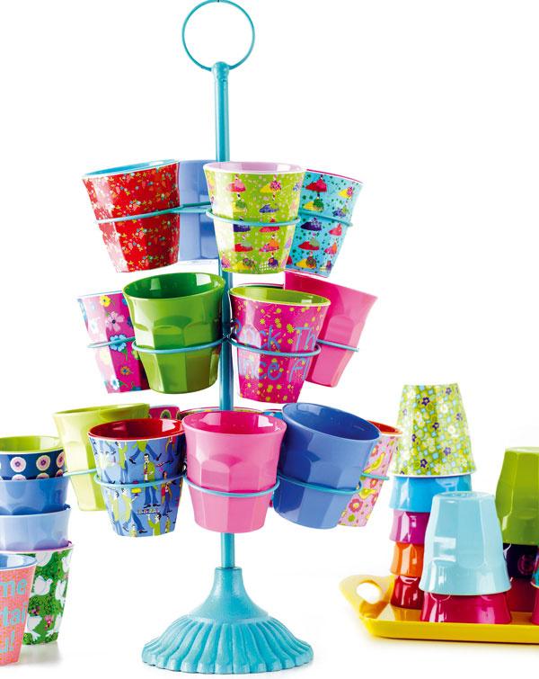 Farebný melamínový hrnček, rôzne vzory, 4,99 €, www.bellarose.sk