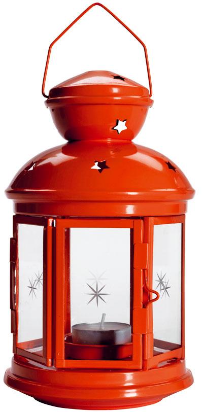 Červený lampáš Rotera, výška 21 cm, 4,99 €, IKEA