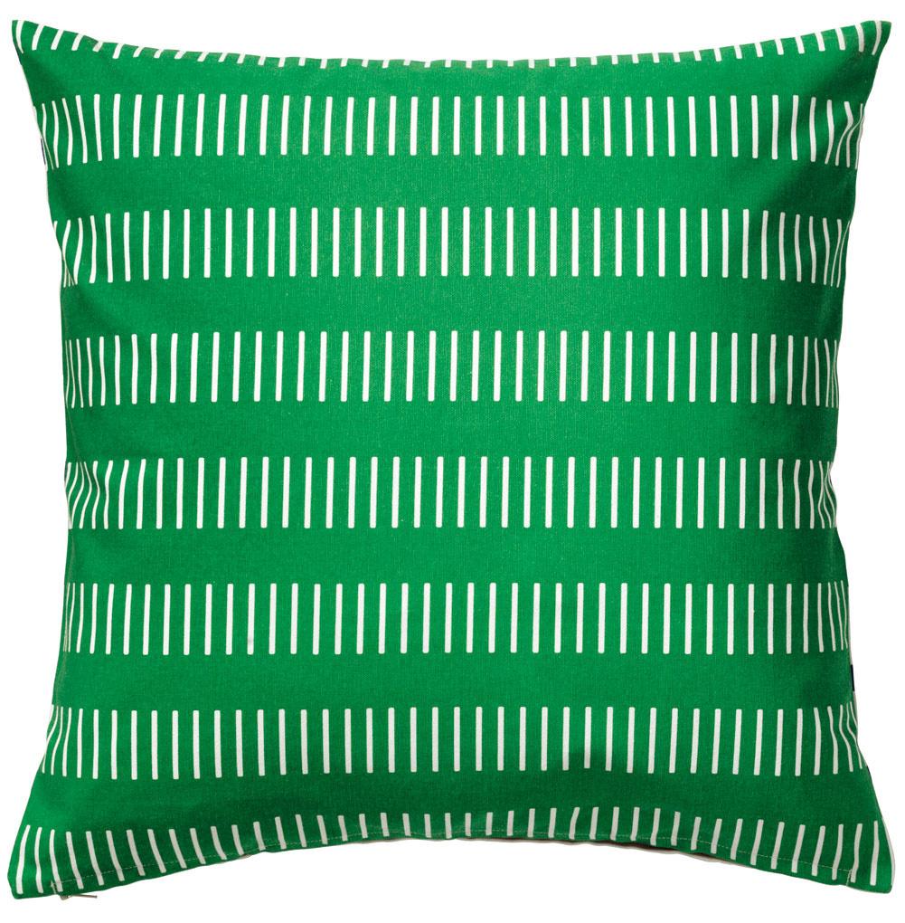 Vankúš Skärblad, na každej strane iný vzor, bavlna, 50 × 50 cm, 4,99 €, IKEA