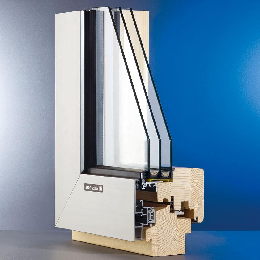 Profil Mirador 783, drevo-hliníkové okno shrúbkou drevenej časti 78 mm, dosahuje pri použití izolačného trojskla shodnotou Ug = 0,7 W/(m2 . K) súčiniteľ prechodu tepla Uw = 0,8 W/(m2 . K).