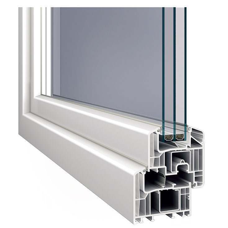 Inoutic Eforte, šesťkomorový profil svynikajúcimi tepelnoizolačnými vlastnosťami (Uf = 0,95 W/(m2 . K)) astavebnou hĺbkou 84 mm, získal certifikát nemeckého inštitútu pre pasívne domy vDarmstadte. Vponuke je 40 farieb adekorov vrátane vzhľadu dreva alebo hliníka. Novinkou sú hliníkové kryty.