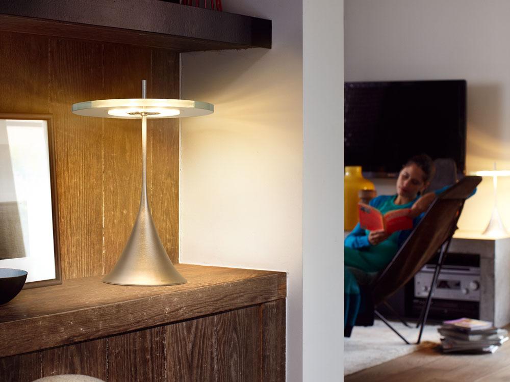 Vyberáme stolovú lampu