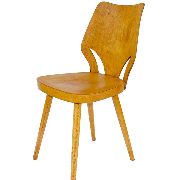 Pôvodná stolička z50. až 60. rokov, ohýbané drevo sponechanou patinou, 125,3 €, www.novoretro.net