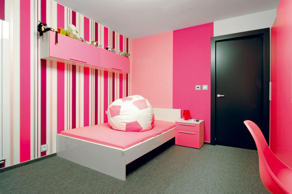 Detská izba zatiaľ čaká, kým malá princezná povyrastie.