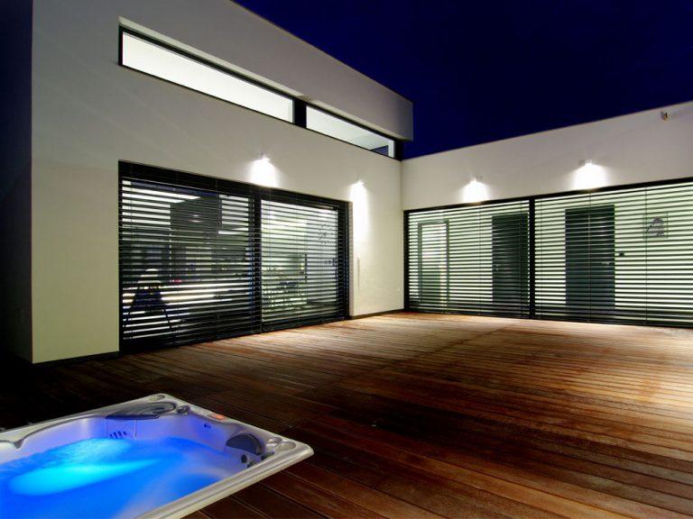 Veľkorysý prízemný dom navrhnutý do posledného detailu