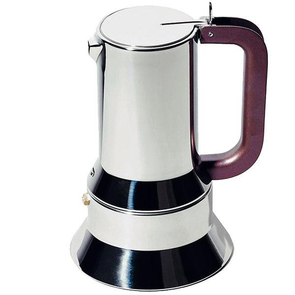 Sporákový kávovar 9090 nezaprie dôkladne premyslený industriálny rukopis svojho autora, dizajnéra Richarda Sappera (známeho autora prenosných počítačov IBM). Jeho podoba moka prístroja je pokusom o technické vylepšenie aj bez toho dobre fungujúceho originálu. Sapper pridal zväčšenú podstavu (čo zefektívnilo prípravu kávy) a zjednodušil spájanie dvoch polovíc prístroja bez potreby vzájomného skrutkovania. To všetko zabalil do uhladenej oceľovej siluety, ktorá dáva výsledku vyspelý dizajnový šmrnc. Od 119 €, ALESSI