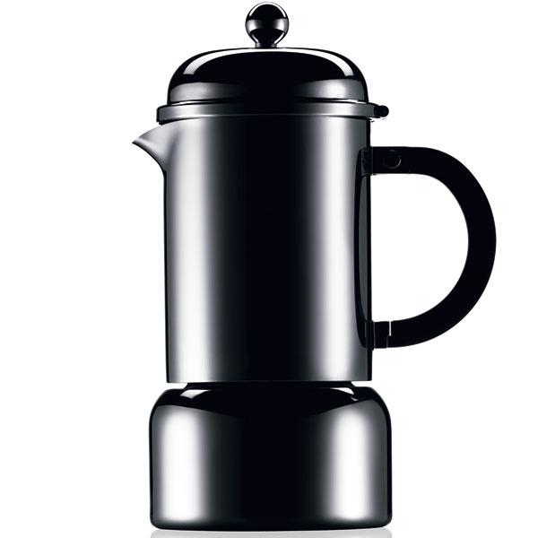 """Moka kanvička Chambord. Domácu prípravu kávy možno zvládnuť dvoma kultovými spôsobmi: sporákovým moka kávovarom a kanvicou typu """"french-press"""". Legendárny producent toho druhého spôsobu, dánsky doplnkový magnát Bodum, sa pred troma rokmi zaplietol aj s prvým (a Bialetti mu to vrátil vlastnou verziou """"french-press""""). Kanvička preberá tvaroslovie celej série – so zaobleným poklopom či guľôčkou na vrchu evokuje štýl 50. rokov, keď sa séria Chambord zrodila. Žiaľ, jej výroba je dočasne pozastavená. Dizajn BODUM"""