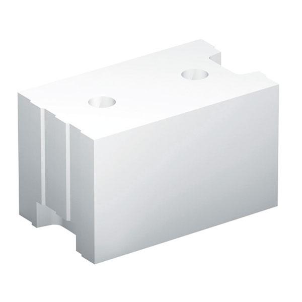 Obľúbeným spôsobom stavby pasívnych domov je vymurovanie zťažkých vápennopieskových tehál (najpoužívanejšia je hrúbka muriva 200 mm), ktoré zabezpečia potrebnú nosnosť, ako aj tepelnú akumuláciu. Obvodové steny sa väčšinou dopĺňajú tepelnou izoláciou s hrúbkou 250 až 300 mm.
