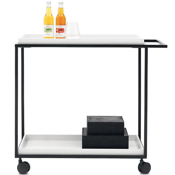 Pohyblivý stolík Occa 2007, biely alebo matný čierny lak, 72 × 80,5 × 45 cm, 319 €, BoConcept, Light Park