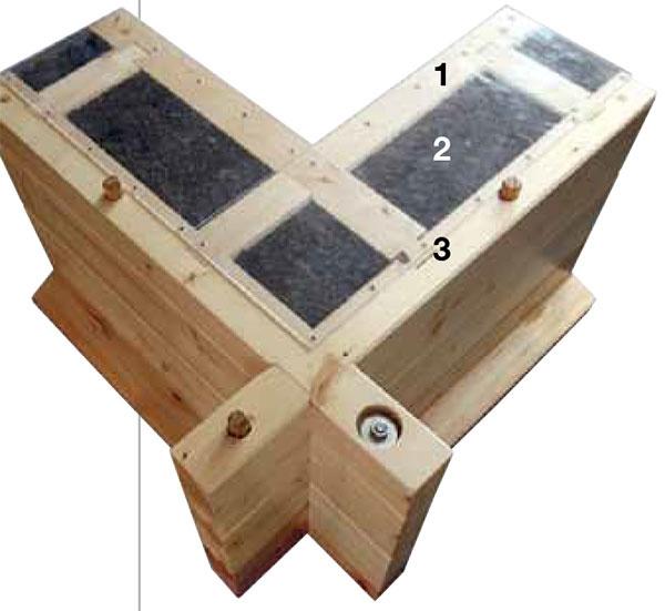 Skladba obvodovej steny: 1 zrubový profil zmasívu, 68 mm 2 korková izolácia, 140 mm 3 zrubový profil zmasívu, 68 mm