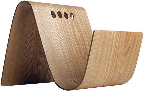 Stojan, dyha z vŕbového dreva, 28 × 35 × 33 cm, 79 €, BoConcept, Light Park