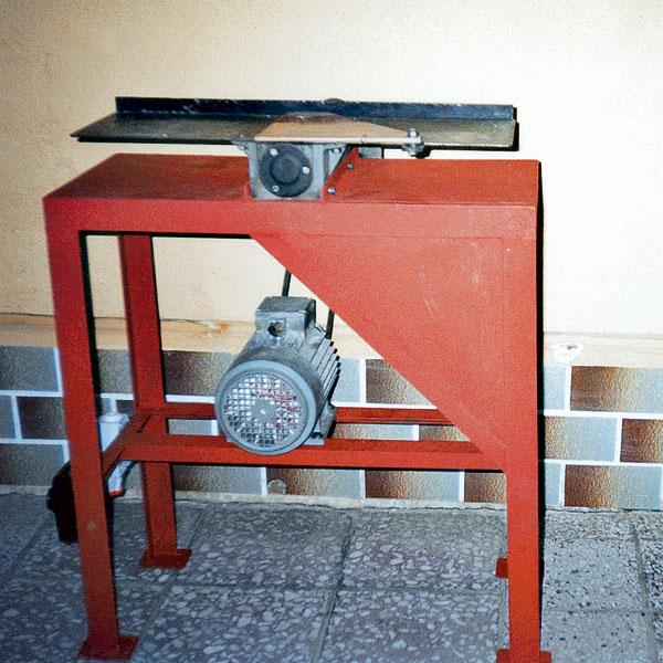 Stôl na hobľovačku