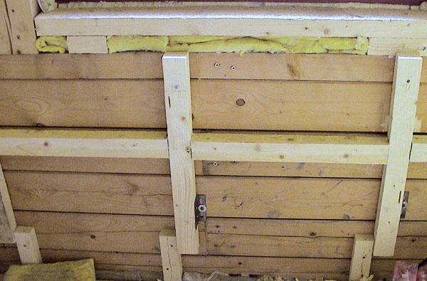 Ako opraviť stenu drevenej chaty