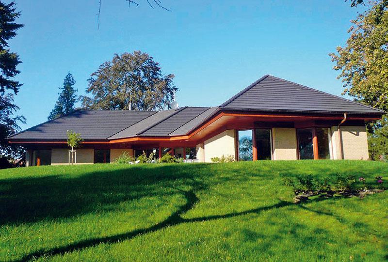 2 Energeticky pasívny rodinný dom Úvaly, Praha-východ, Ekord, zastavaná plocha 321 m2, podlahová plocha 268 m2, dispozícia 6 + kk