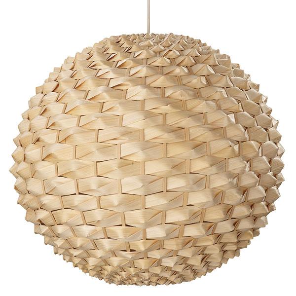 Massive Carnegie, guľa z rákosia a bambusu v prírodnej medovej farbe, priemer 49 cm, 98 €, Philips