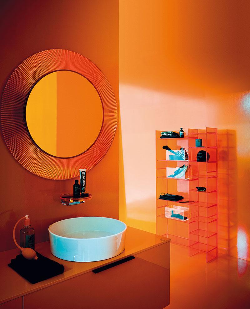 Vnových kúpeľniach Kartell by Laufen sa predstavuje revolučný materiál Saphir Keramik, sktorým možno dosiahnuť doposiaľ nemysliteľné parametre.