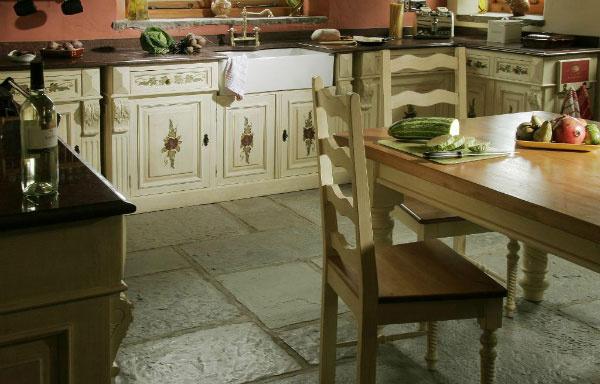 Rustikálne kuchyne – návrat do minulosti