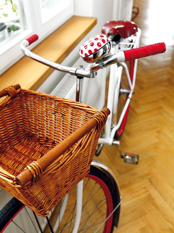 Nie sú tu len na ozdobu. Piešťany sú mestom bicyklov. Bicykle tu majú veľký význam aaj sa tu často kradnú, preto je bežné, že ich ľudia majú doma, nie vpivnici či garáži.