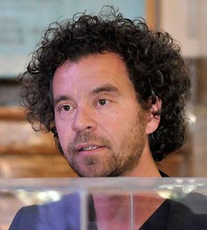 SunlightHouse navrhol rakúsky architekt Jury Troy z architektonického štúdia Hein-Troy Architekten.