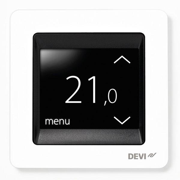 Termostat na reguláciu podlahového vykurovania s dotykovým displejom DEVIreg TouchTM pracuje v rôznych prevádzkových režimoch a prispieva k znižovaniu spotreby energie.