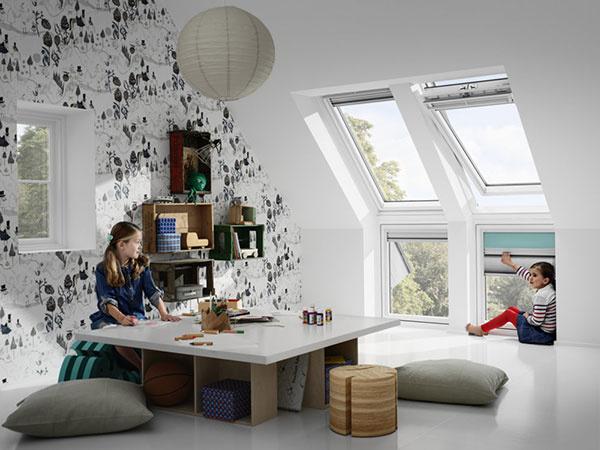 Viac denného svetla a dokonalý výhľad aj pre najmenších zaistí zostava strešných okien s doplnkovými.