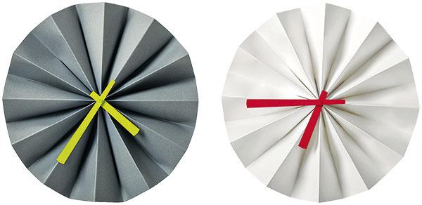 Nástenné hodiny Origami, priemer 35 cm, 59 €, BoConcept, Light Park