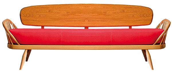 Sedačka Ercol Studio od dizajnéra Luciana Ercolaniho z roku 1950, 203 × 85 × 88 cm, 2 746,80 €, www.nest.co.uk