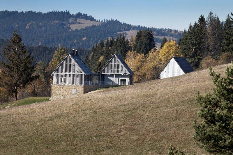 Usadlosť vytvára odkaz na tradičnú architektúru v regióne
